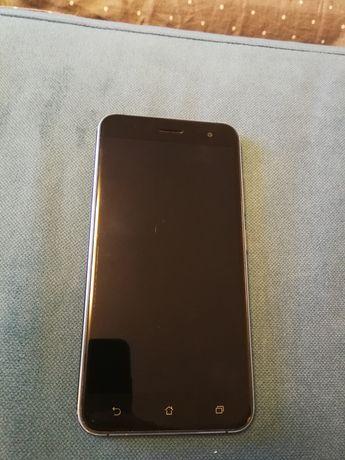 Телефон Asus zenfone 3  ze520kl z017D