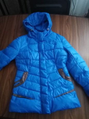Курточка на дівчинку  S