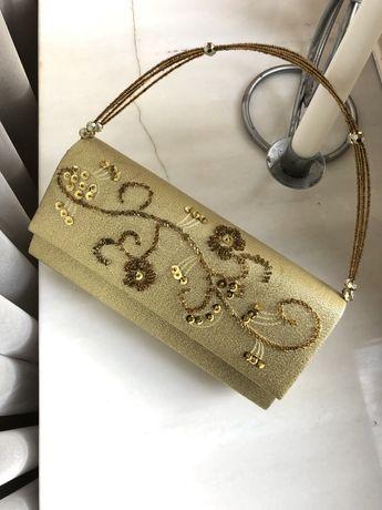 Złota torebka vintage z koralikami do ręki i na ramię