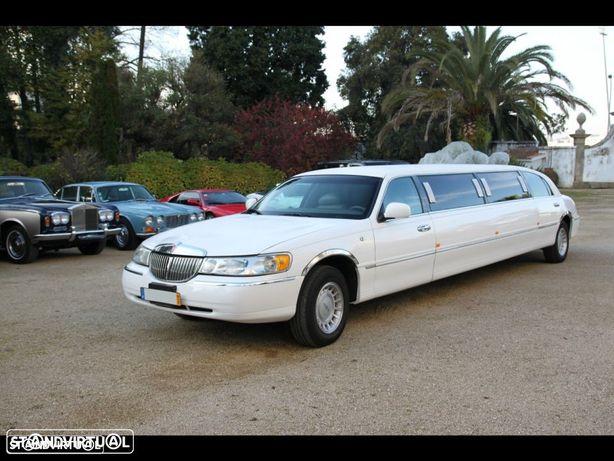 Outra não listada Lincoln town car limousine