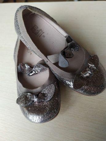 Туфельки ZARA новые