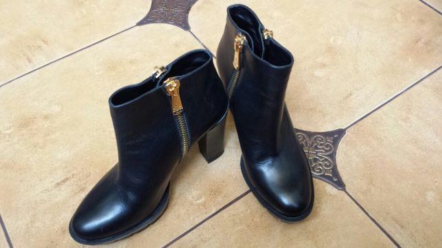 Ботинки ALBANO , черевички на каблуку