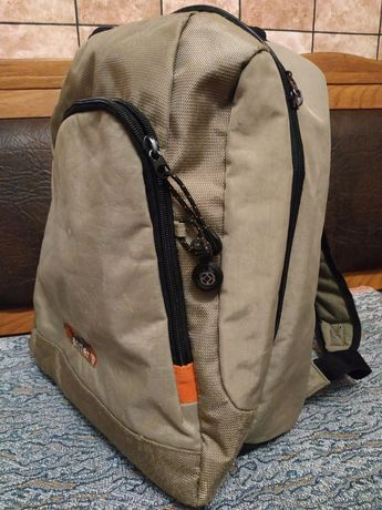 Рюкзак и как сумка походная