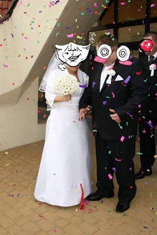 Suknia ślubna plus bolerko