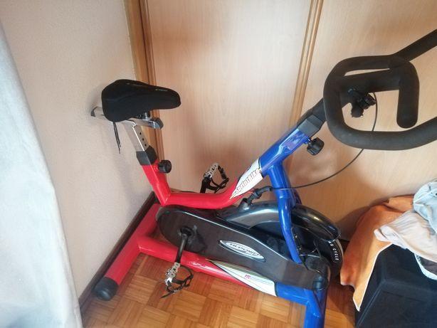 Bicicleta spinning BH