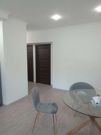 Сдам в аренду 3 комнатную квартиру Киев Липки под офис или жилье