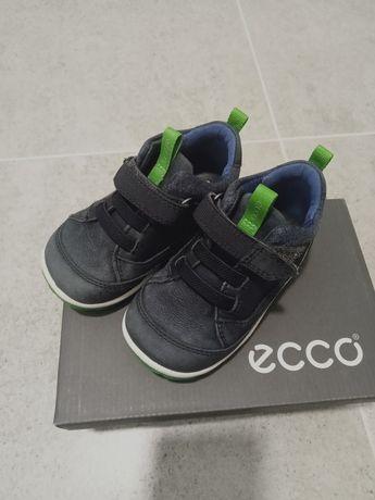 Дитяче взуття ЕССО
