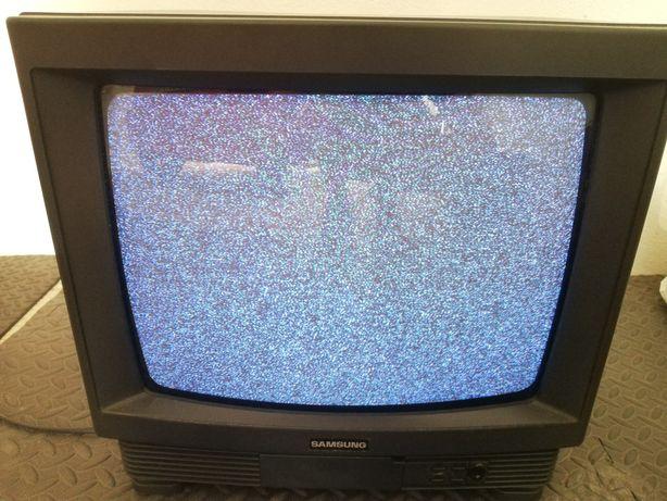 Televisões CRT Antigas a Funcionar - 10€ Cada