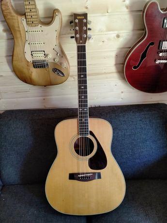 1979 Yamaha FG345 acoustic guitar with hardcase