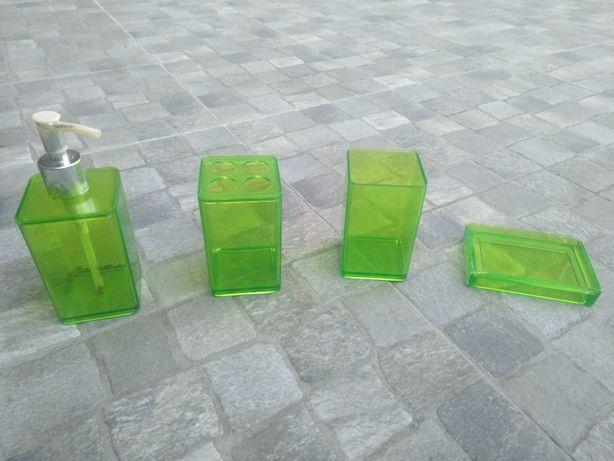Conjunto Banho Verde