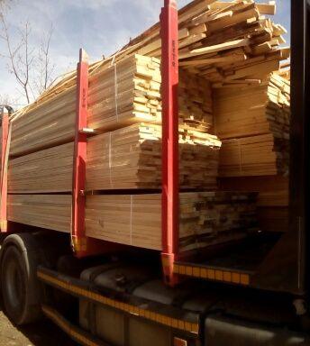 Deski szalunkowe więźba dachowa stemple