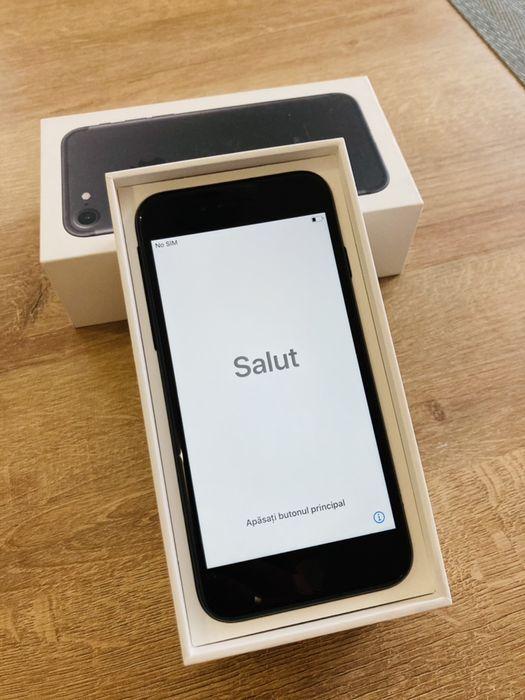 iPhone 7 32gb jak nowy roczny komplet 90% kondycji baterii Skierniewice - image 1