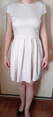 Sukienka z zakładką 38