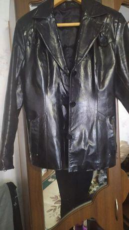 Куртка лаковая, кожаная
