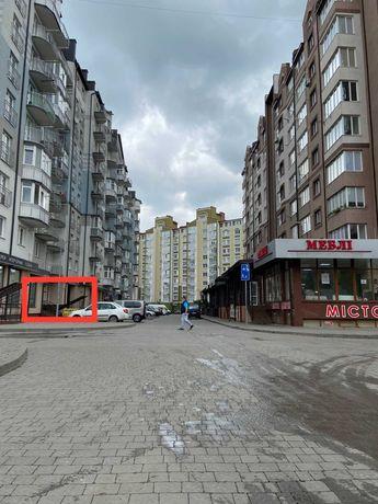 """продається магазин, вул. Івасюка, поряд з """"АТБ"""" та """"Копійочкою"""""""