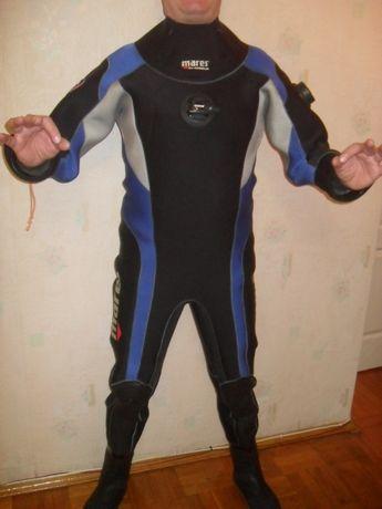 Сухой Гидрокостюм размер L(52) MARES ( MoBBy'S ) с сухими перчатками