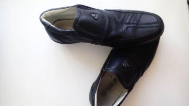 Підліткові туфлі чорні