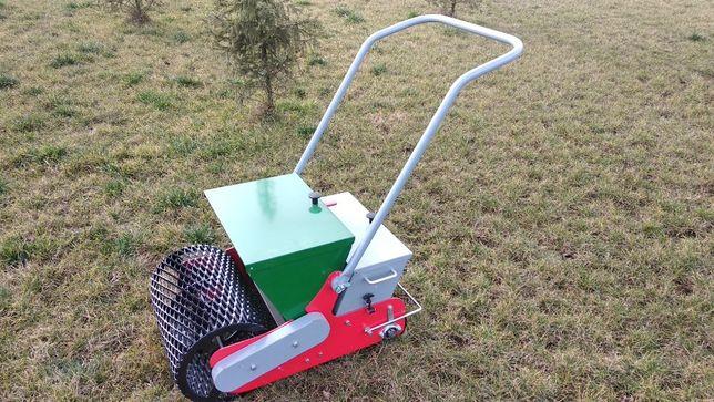 Wypożyczamy profesjonalny siewnik do trawy– SEMBDNER RS50H II –Trawnik
