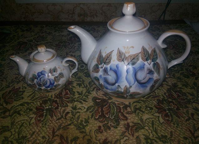 Фарфоровый набор, два чайника,