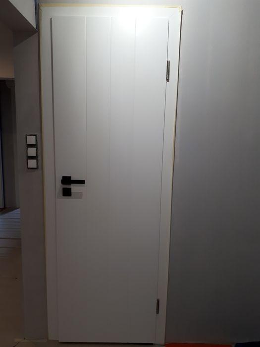 Drzwi z ościeżnicą Estato Pol-skone nowe Kraków - image 1