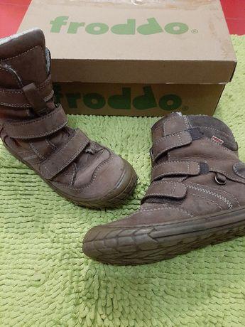 Сапоги ботинки зимние froddo 35 размер