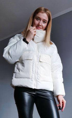 Стильная Куртка деми цвета ivory