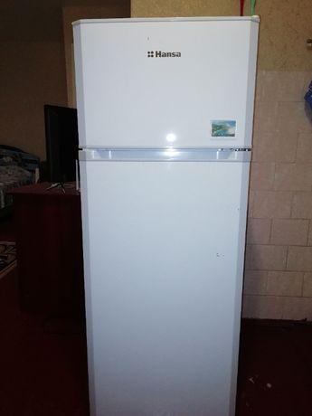 Холодильник Hansa продам