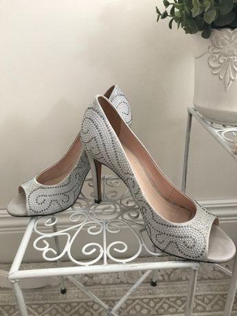 WERNER luksusowe pantofle szpilki satyna kryształki wesele uroczystość