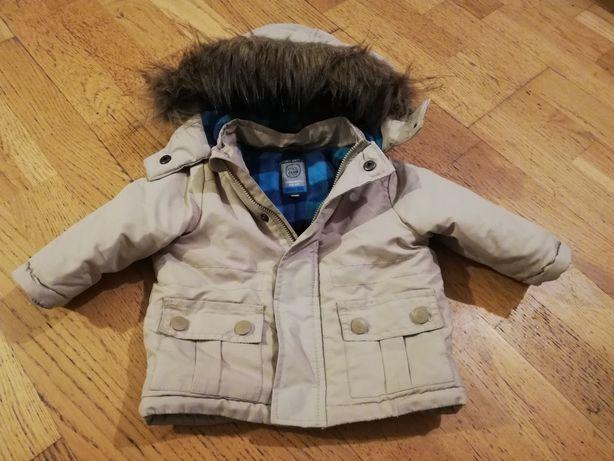 Chłopięca kurtka w stanie idealnym