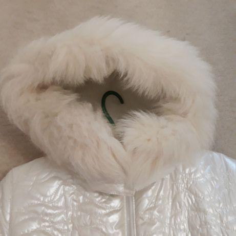 Новая. Зимняя куртка. S .Предлагайте свою разумную цену и забирайте!
