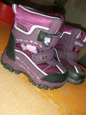 Продам зимние ботиночки 24 розмер