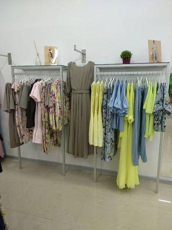 Торговое оборудование, стойка-краб, стойки для одежды