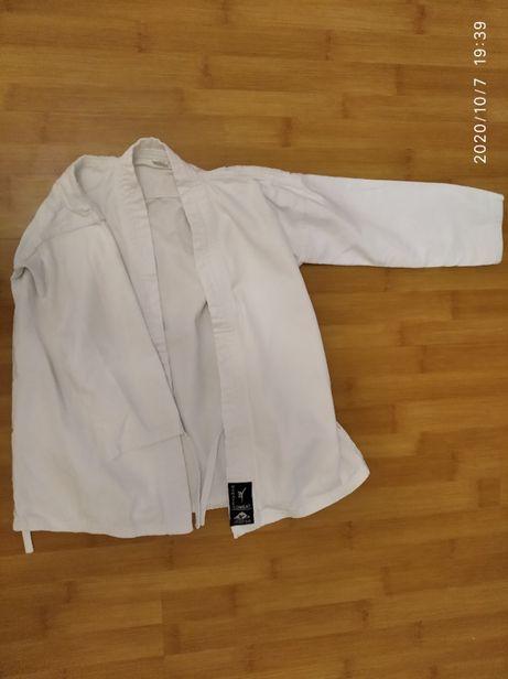 Продам кимоно Karate combat Matsa