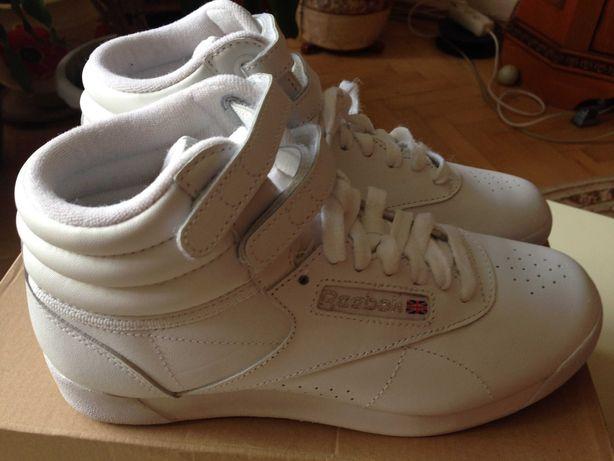 Черевики адідас ( Ботинки Reebok )-нові, Черевички adidas 35-36р,