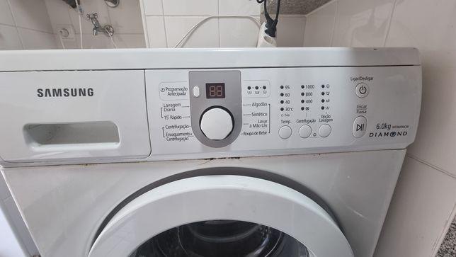 Máquina lavar roupa Samsung avariada