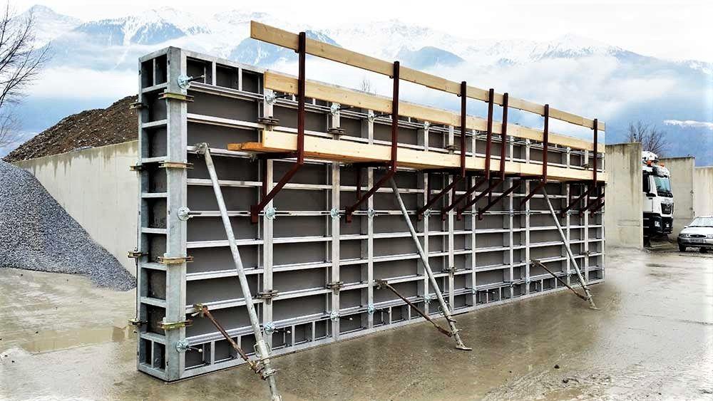 Szalunki Wynajem szalunków stropowych - ściennych Dźwigary Podpory Otmuchów - image 1