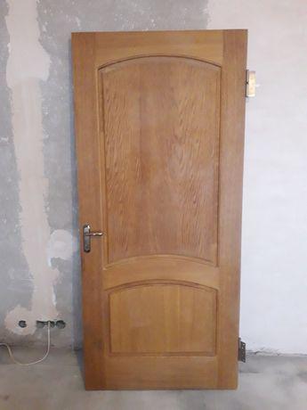 Деревянная шпонированная дверь