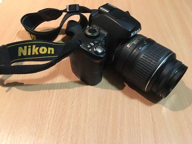 Фотоапарат Nikon D60