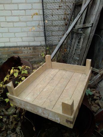 Ящики для проращивания семенного картофеля.