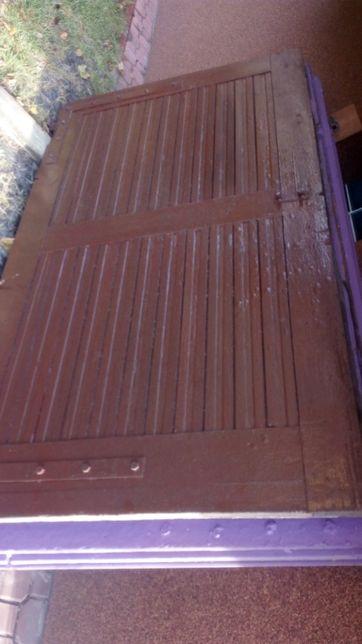 drzwi gażowe drewniane z futryną