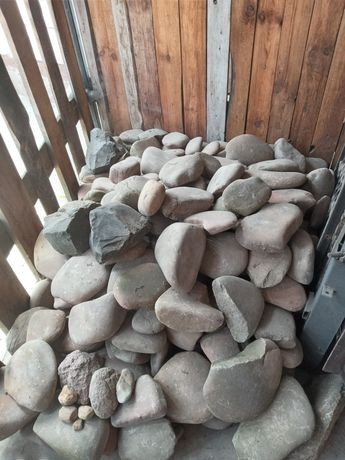 Камінь терміново продам