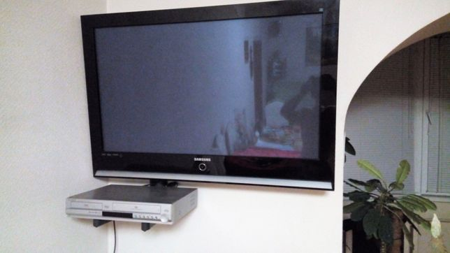 DVD рекодер Samsung (DVD и Видеокассета)