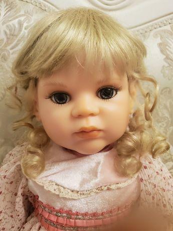 Коллекционная кукла из смолы, резин
