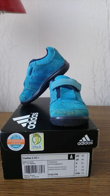 Кроссовки Adidas kids 20 размер оригинал 12,5 см