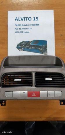 Painel de Botões Fiat Linea