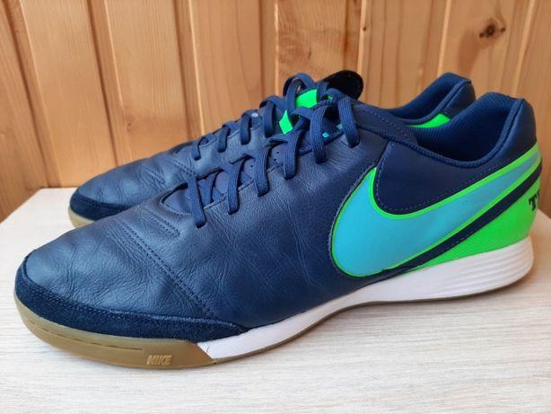 Взуття для зала (бампи) Nike Tiempox Genio