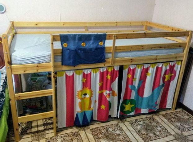 Двухъярусная кровать с матрасом 200*90, деревянная (сосна)