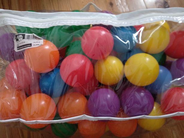 Bolas de plástico insuflável