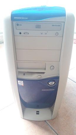 Computador Pentium 4 a funcionar
