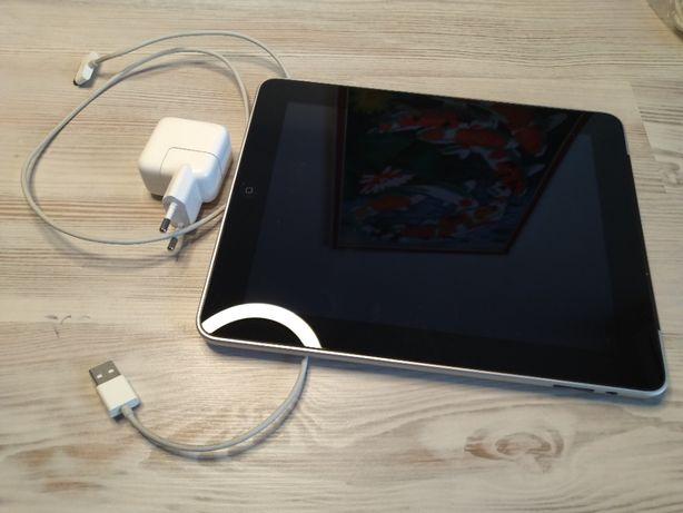 Планшет Apple IPad model A 1337 32 GB